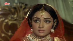 Lalpatthar (13)