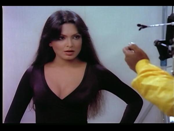 Yeh nazdeekiyan (1982) - Filmi Geek